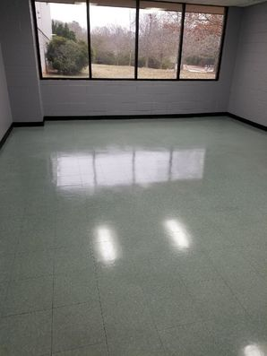 Before and After Janitorial Services at MNdustries Warehouse in Suwanee, GA (7)