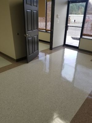 Floor Cleaning in Lawrenceville, GA (4)