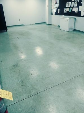 Before & After Commercial Floor Cleaning in Lawrenceville, GA (1)