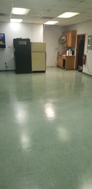 Before & After Floor Cleaning in Lawrenceville, GA (1)